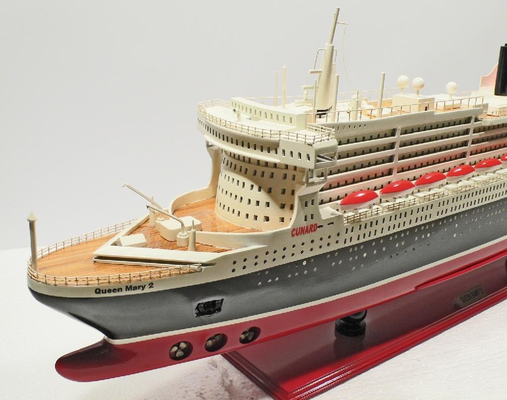 Queen mary 2 100 cm l nge schiffsmodell modellschiffe for Garderobe queen mary 2